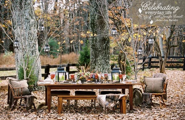 Outdoor Thanksgiving Table, Outdoor Harvest Table, Entertaining in Fall, Fall Entertaining Ideas, Autumn Entertaining