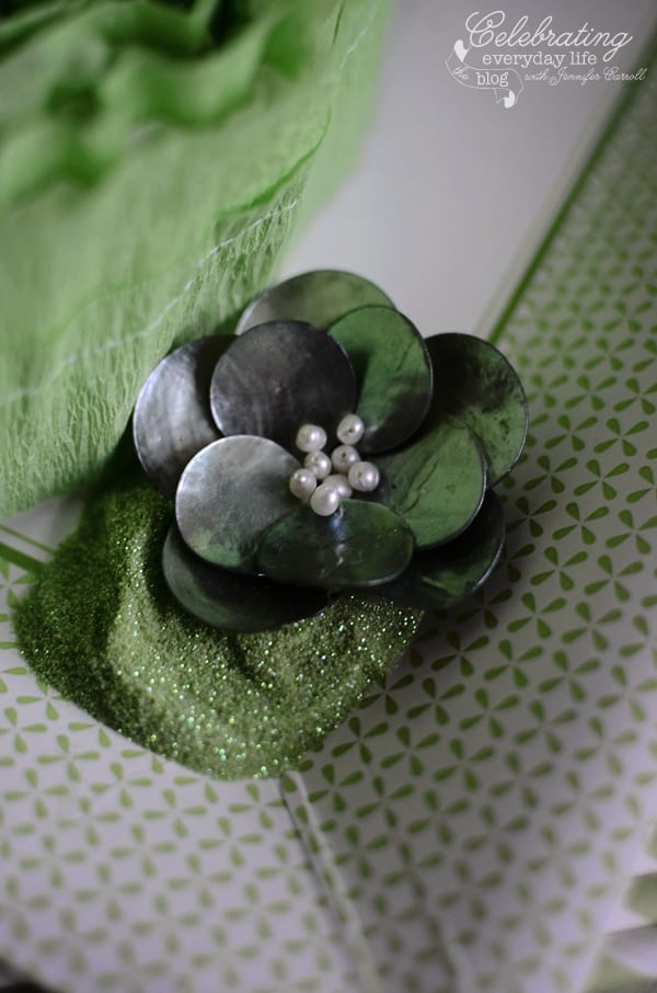 Green capiz shell pedant with green glitter