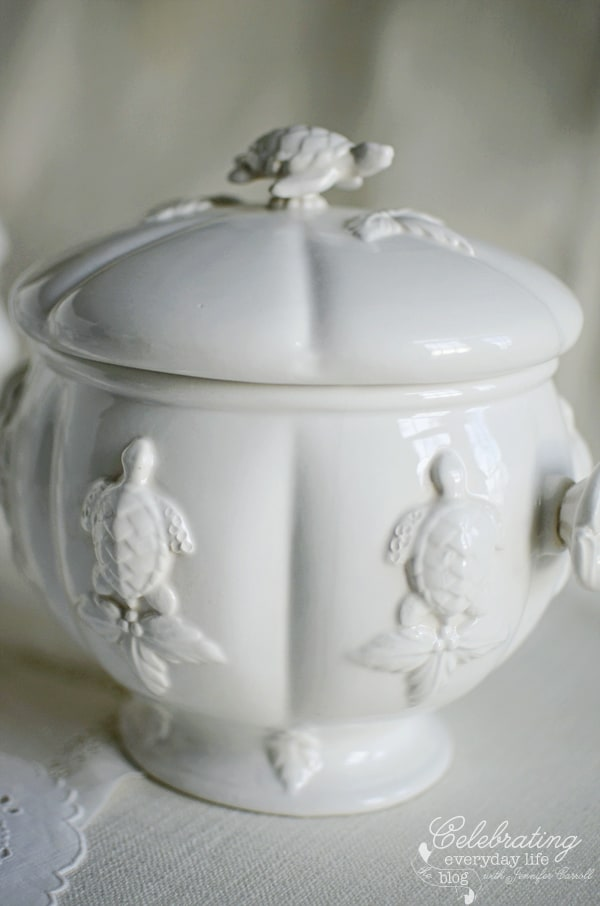 Large white turtle Tureen