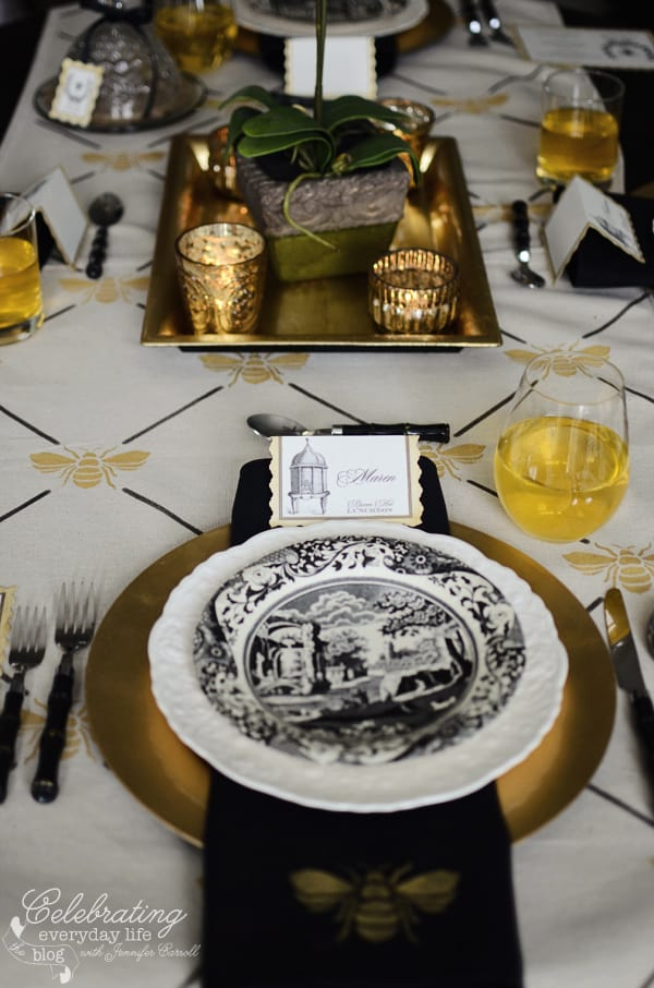 French Bee Trellis Placesetting