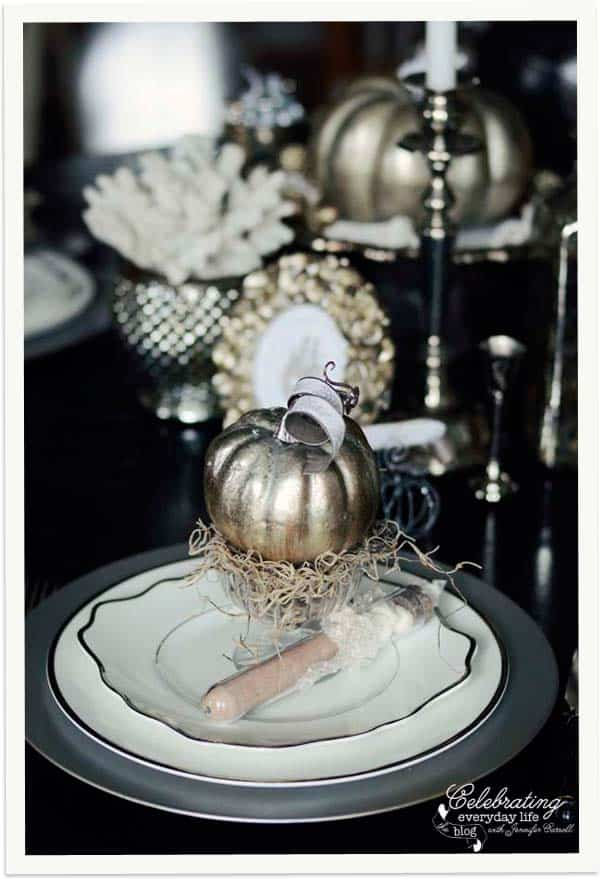 silver pumpkin placesetting elegant halloween decor pumpkin decoration halloween placesetting elegant silver - Elegant Halloween Decor