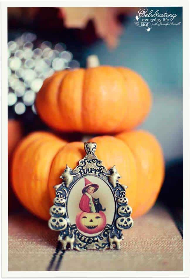 Jack-O-Lanterns, vintage halloween pendant, Trick or Treat Display, Decorating for Halloween