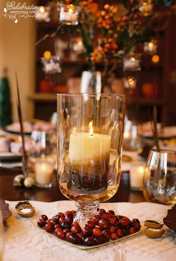 A cranberry inspired thanksgiving celebration Simple thanksgiving table decorations
