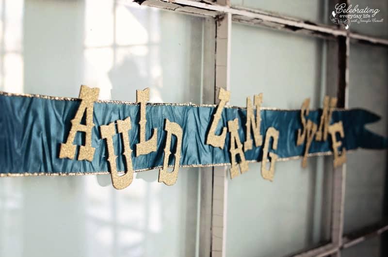 Auld Lang Syne banner
