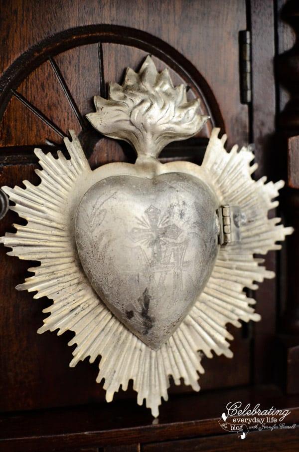 Sacred Heart Aflame2 Locket/Ornament