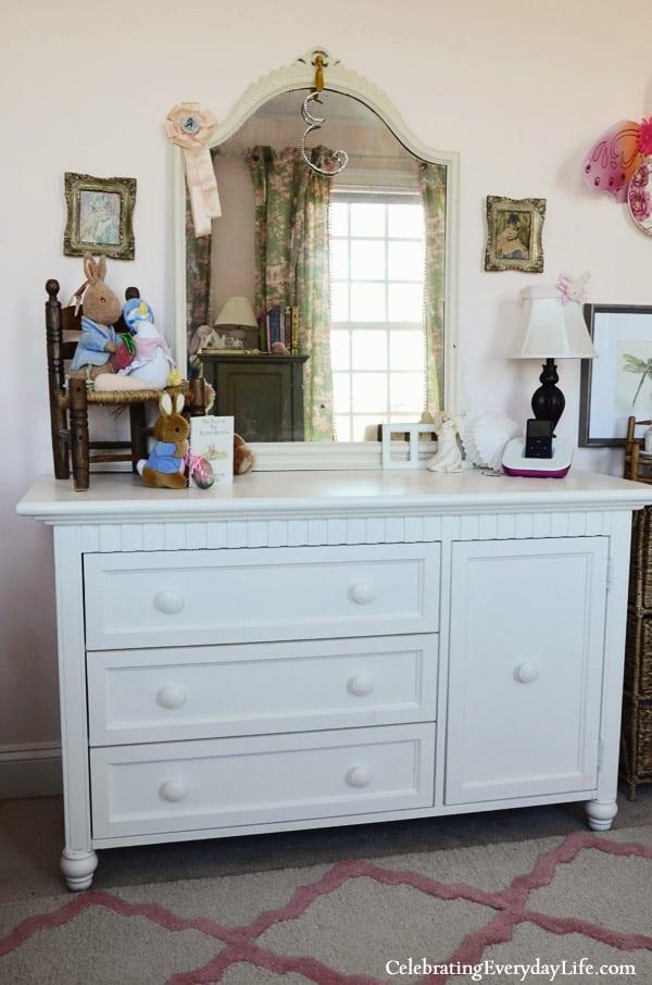 white girl's Dresser