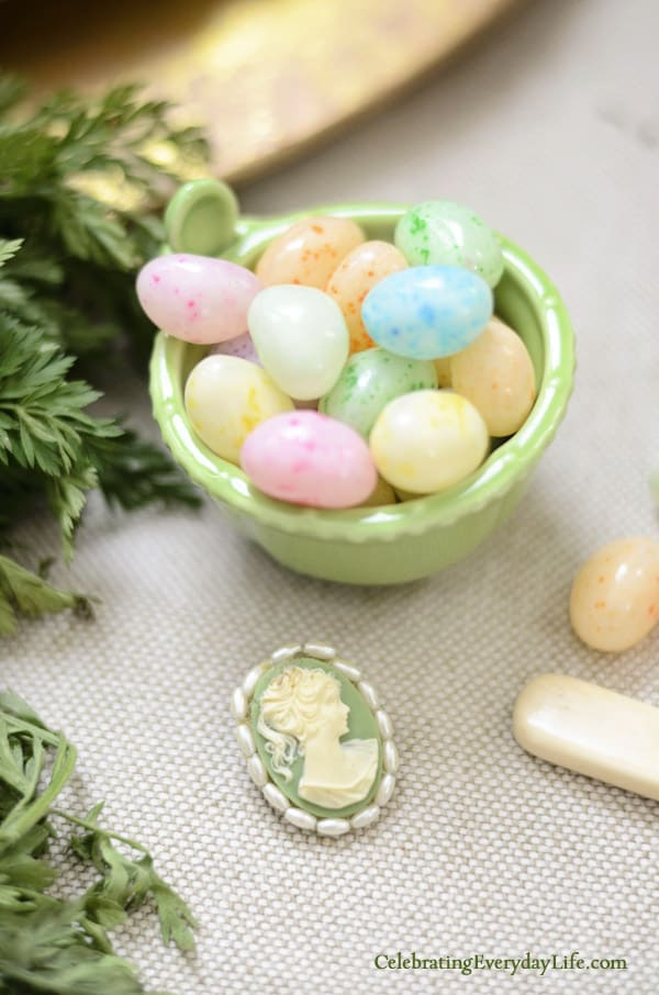 Jelly Beans Cameo and small green vintage cameo