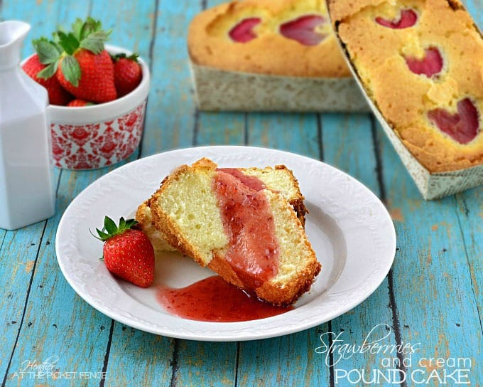 strawberries-and-cream-pound-cake