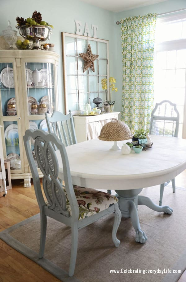 How to save tired dining room chairs with chalk paint for Duck egg dining room ideas