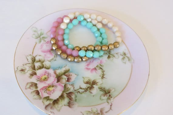 Pastel czech beaded bracelet, Kylie Bryn Designs etsy shop