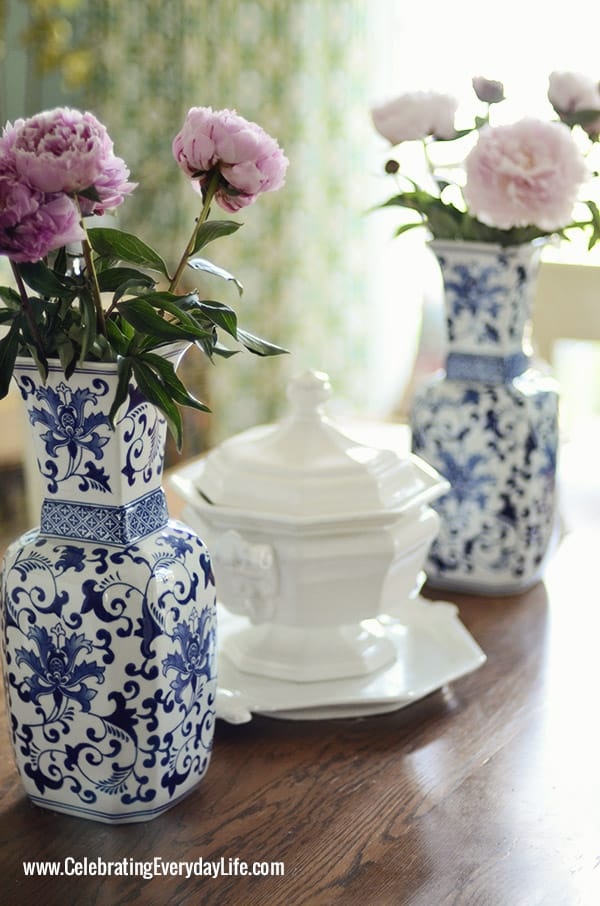 Touches of blue white on my dining room table summer for Dining room table centerpieces everyday