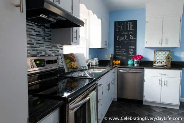 Home Staging Before + After, Home staging ideas, How to stage a Kitchen, decorate a Kitchen for sale, how to decorate a kitchen, celebrating everyday life with jennifer carroll