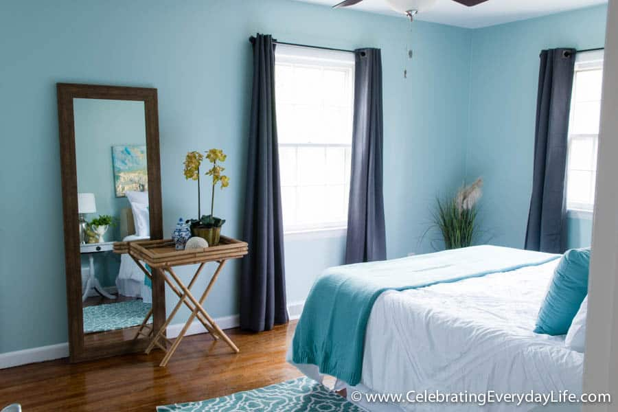 tips for how to stage a bedroom to sell celebrating