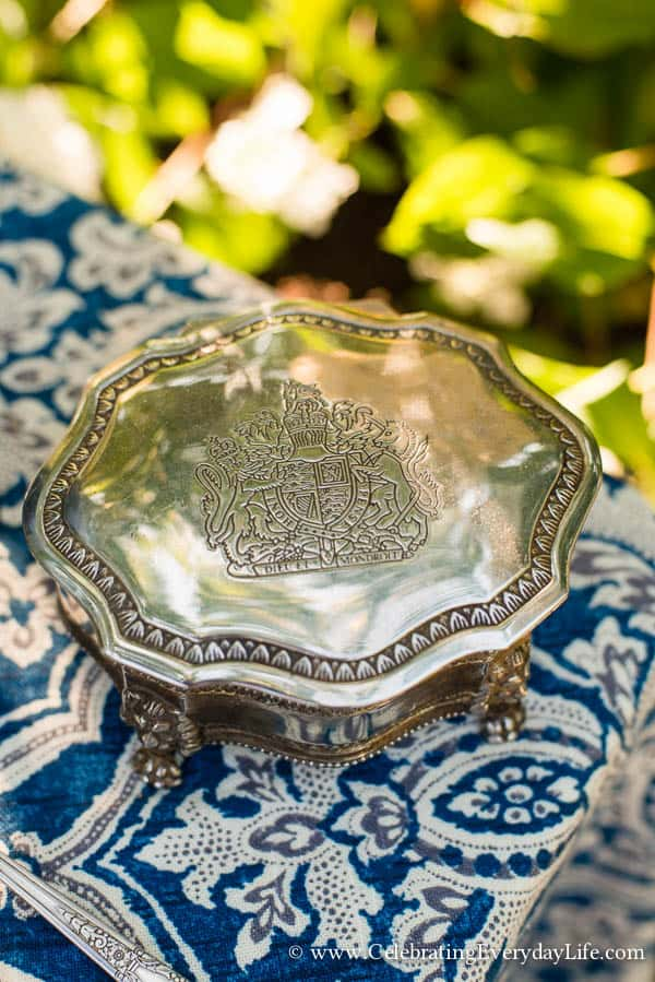 Silver box with royal crest, Blue and White Tablescape, Blue and White Garden Tablescape, Blue & White Table ideas, Garden Party, Blue and White Hydrangea Table, White Hydrangea, Celebrating Everyday Life with Jennifer Carroll