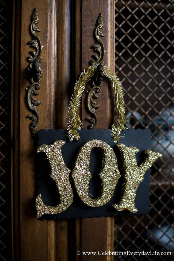 Handmade Christmas Ornament, Handmade Christmas JOY letter ornament, Handmade Letter Sign, Chalkboard Style Christmas Ornament, Chalkboard style sign, Chalkboard style tag, Celebrating Christmas, Celebrating Everyday Life with Jennifer Carroll