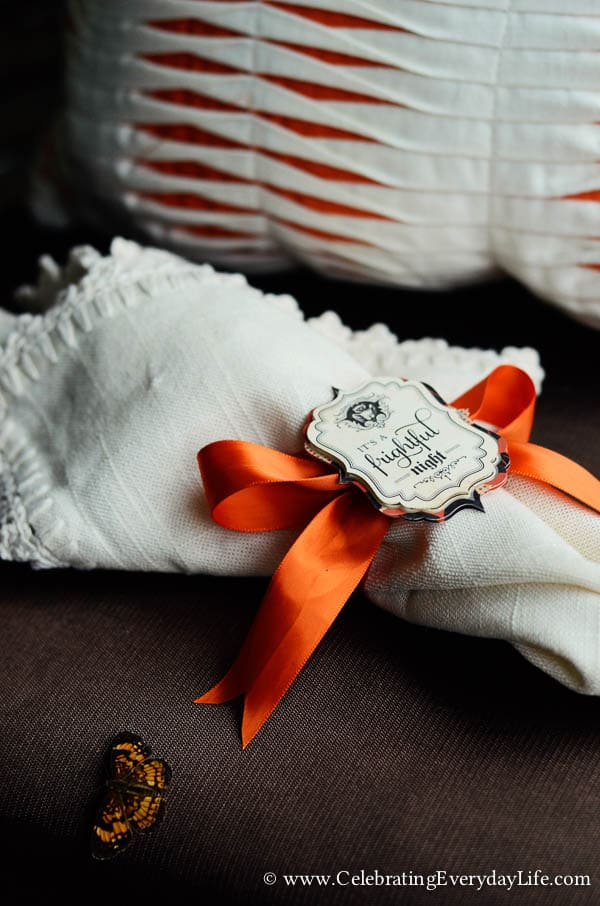 Halloween napkin, halloween napkin ring, Set a Halloween Table, Set a Romantic Halloween Table, Halloween table decor, halloween decor ideas, halloween porch party, Celebrating Everyday Life with Jennifer Carroll