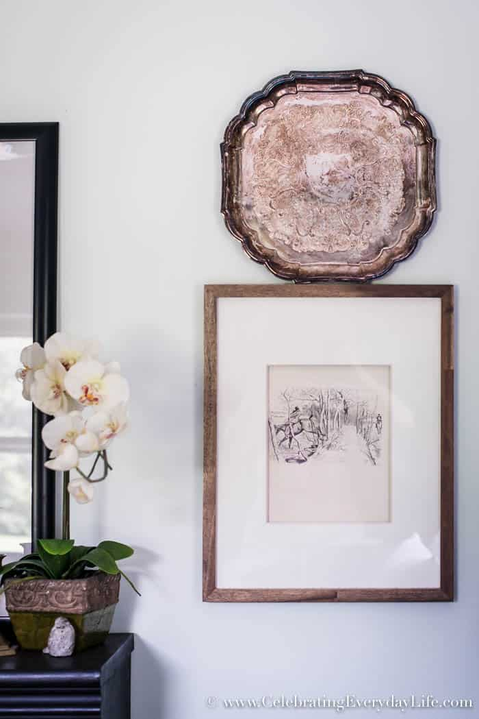 how to decorate a bookshelf, bookshelf inspiration, guest room mini tour, guest bedroom decor, ralph lauren guest bedroom, english country guest bedroom, floral guest bedroom, hunt country guest bedroom, Old Mill Inn by Waverly, Celebrating Everyday Life with Jennifer Carroll