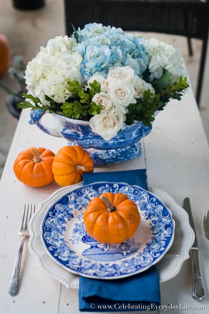 Blue + White Thanksgiving Centerpiece, How to make your own Thanksgiving centerpieces, Easy Centerpiece Ideas, Easy Thanksgiving Centerpiece ideas, Easy Christmas Centerpiece Ideas, Easy Holiday Entertaining, HomeTalk, Celebrating Everyday Life with Jennifer Carroll