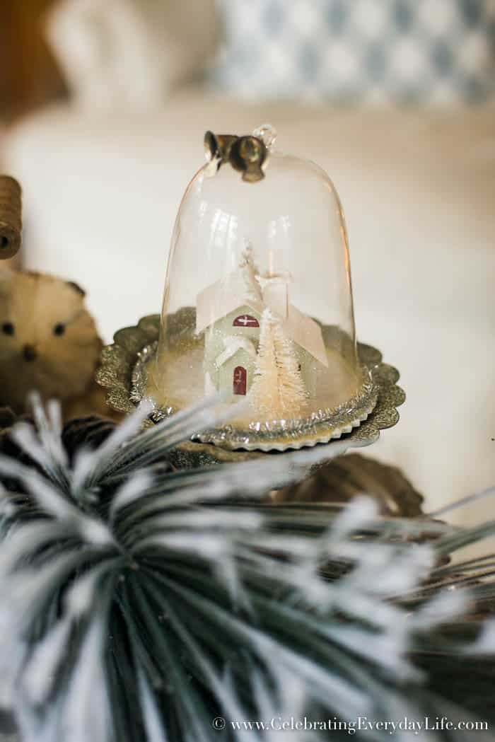 Paper House Farmhouse Christmas Decorating Ideas | Celebrating Everyday Life with Jennifer Carroll | www.CelebratingEverydayLife.com