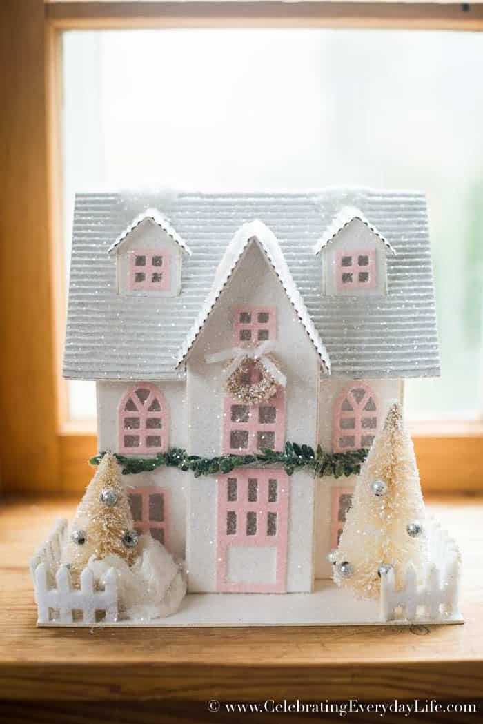 Paper Pink and White Farmhouse Christmas Decorating Ideas   Celebrating Everyday Life with Jennifer Carroll   www.CelebratingEverydayLife.com