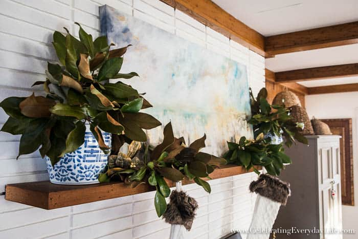Magnolia Leaf Christmas mantel decor | Celebrating Everyday Life with Jennifer Carroll | www.CelebratingEverydayLife.com