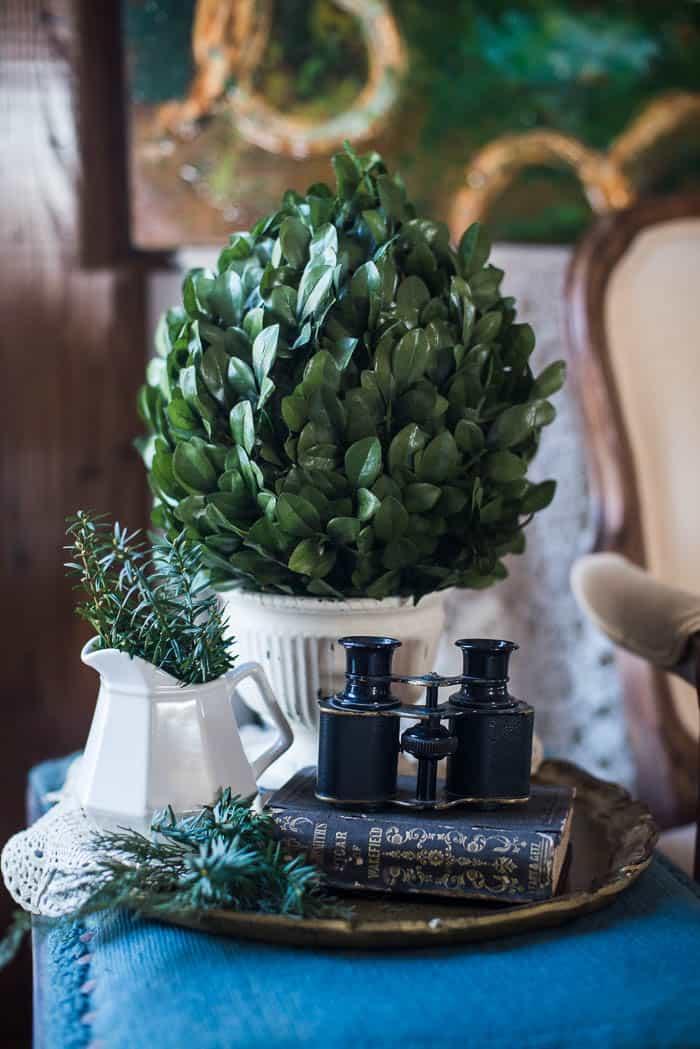 5 Farmhouse Touches for Winter Decor | Celebrating Everyday Life with Jennifer Carroll | www.CelebratingEverydayLife.com