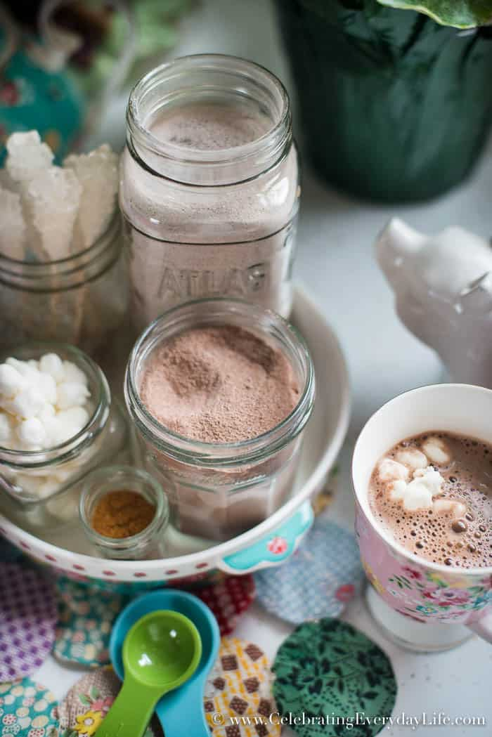 Coffee And Cocoa Station Make Something From Nothing| Celebrating Everyday Life with Jennifer Carroll | www.CelebratingEverydayLife.com