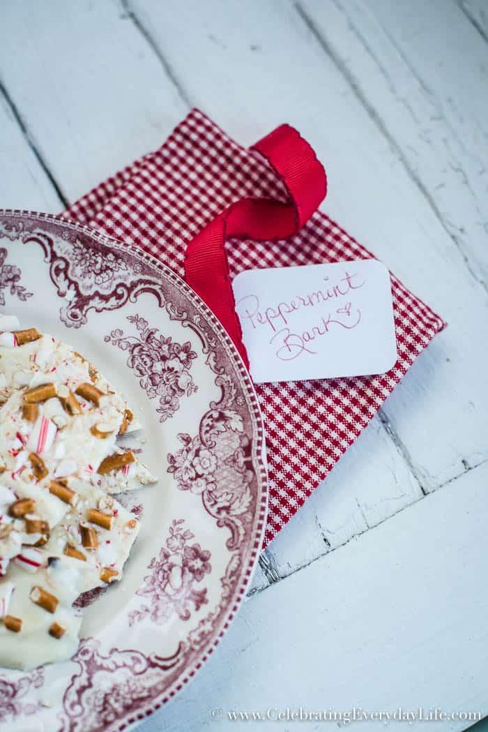 5 minute White Chocolate and Pretzel Peppermint Bark | Celebrating Everyday Life | www.CelebratingEverydayLife.com