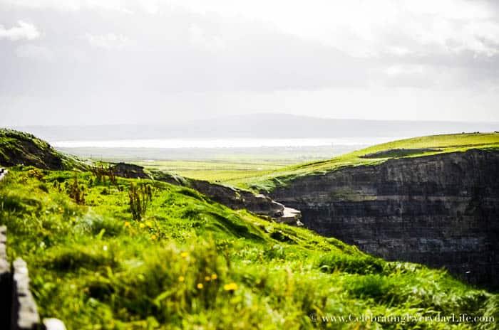 6 Great Tips for Planning A Dream Trip to Ireland   Celebrating Everyday Life with Jennifer Carroll   CelebratingEverydayLife.com