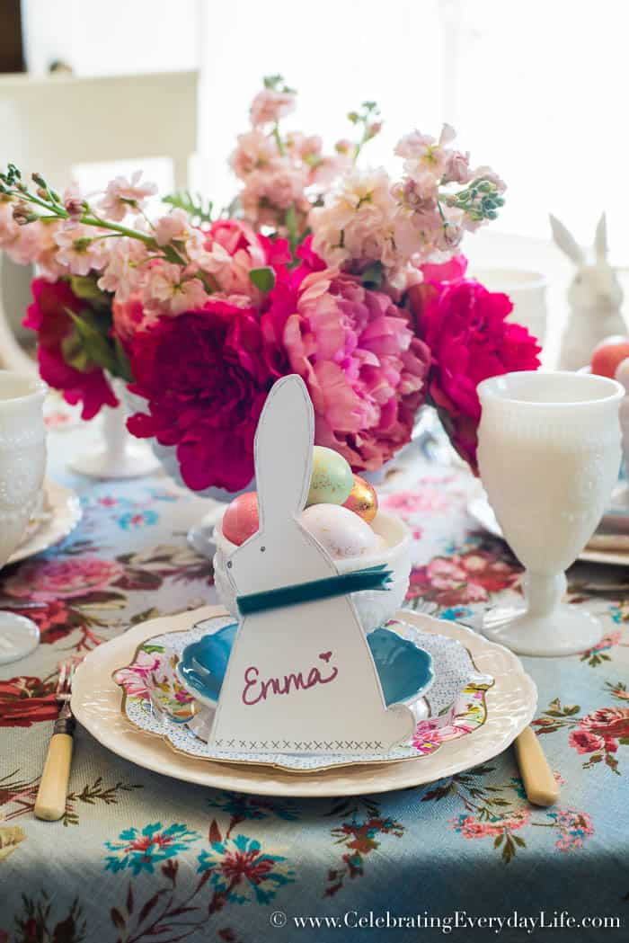 Create this Easy Easter Table with DIY Bunny Silhouette Place Cards | CelebratingEverydayLife.com