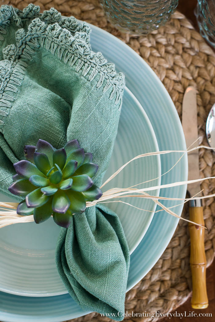 3 Easy Diy Valentine Decorations Under 10: How To Make A Simple DIY Succulent Centerpiece In 3 Easy