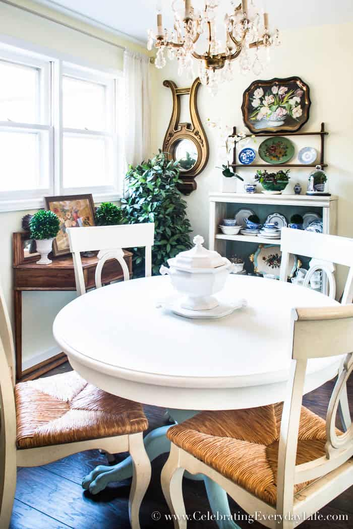 How To Quickly Spruce Up A Boring Dining Room
