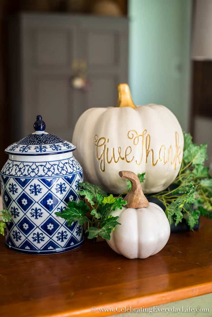 How to Make an Easy White & Gold Fall Table Display