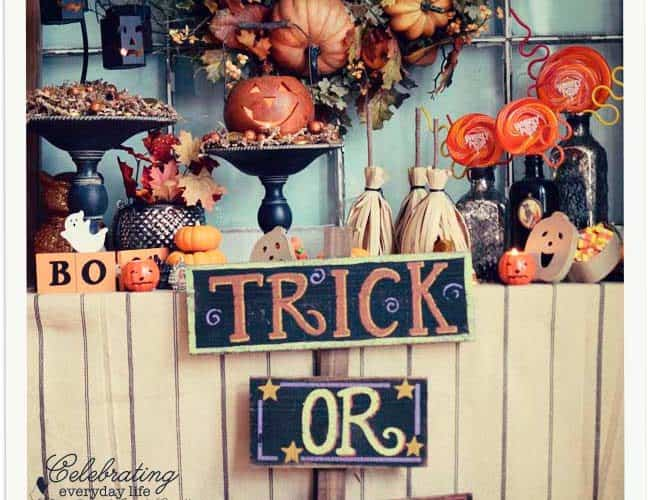 Trick or Treat Bar {Decorating for Halloween}
