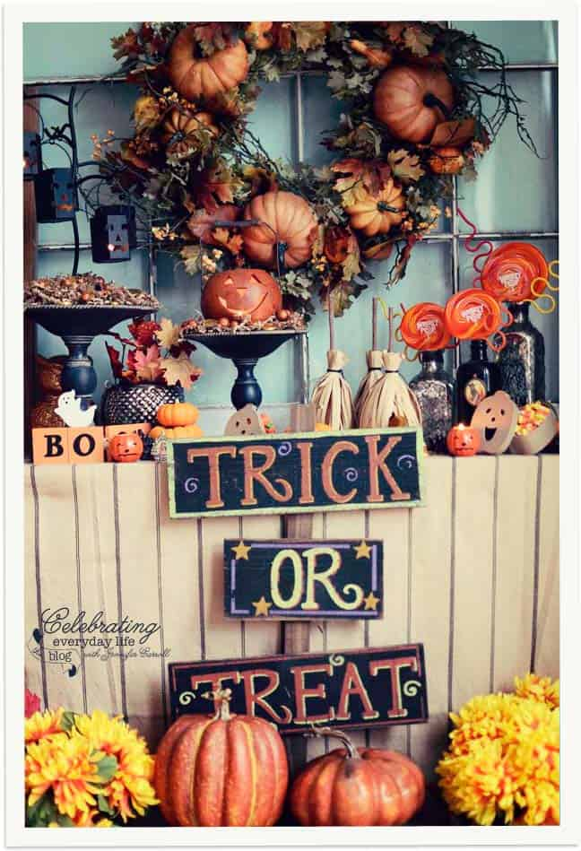 Trick or Treat Display, Decorating for Halloween