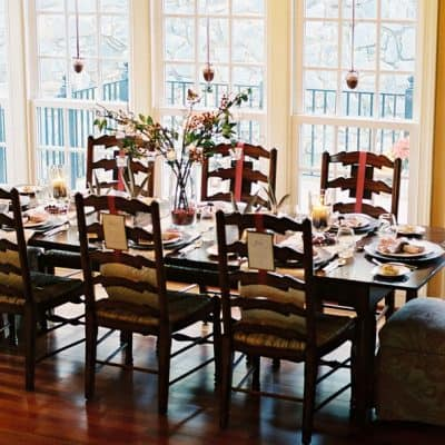 A Cranberry Inspired Thanksgiving Celebration {Thanksgiving Decor Ideas}