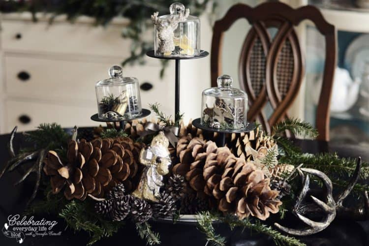 My Christmas Centerpiece {Setting a Holiday Table, part 1}