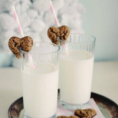 Milk & Cookies {A Cookie Valentine Tutorial}