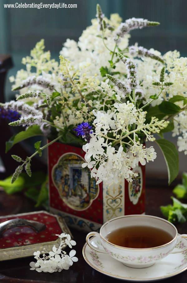 Hydrangea paniculata 'Grandiflora', flowering mint plant, Russian Sage bouquet