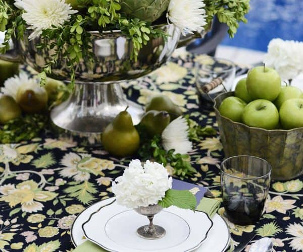 7 Pro Secrets for Easy Summer Entertaining