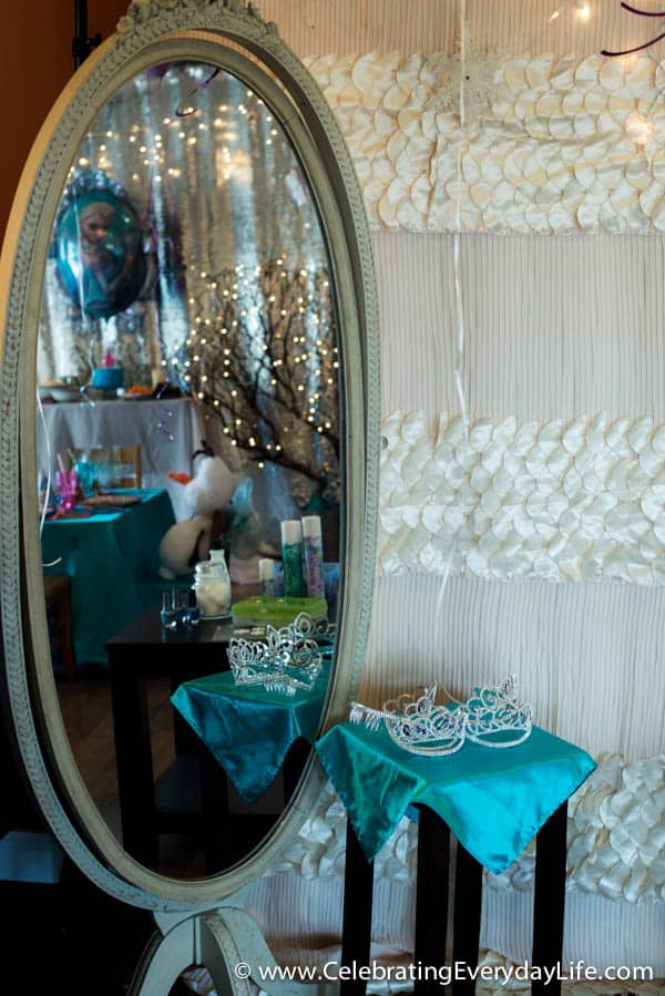 Hosting a Frozen themed birthday party, Frozen birthday party ideas, Disny Frozen girl's birthday, Fourth birthday party ideas, Celebrating Everyday Life with Jennifer Carroll