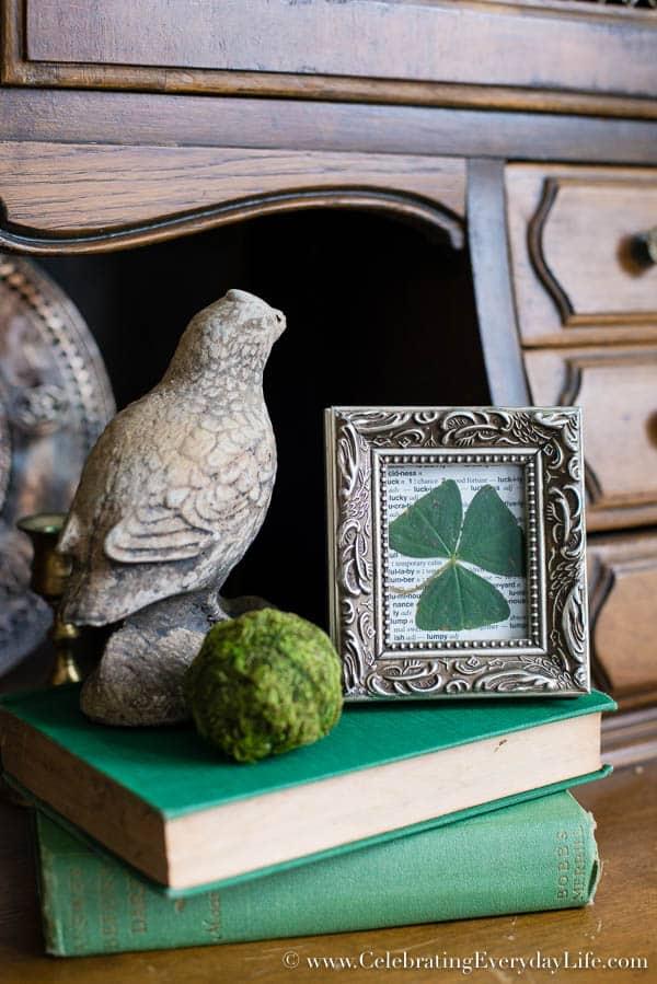 How to Frame A Shamrock, St. Patrick's Day Art, St Patricks Day Decor, Irish Art, Budget Art, Budget Decor, Lucky Art, Celebrating Everyday Life with Jennifer Carroll