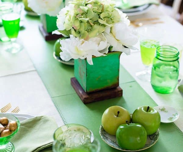 Dress up a Table with a Paper Runner