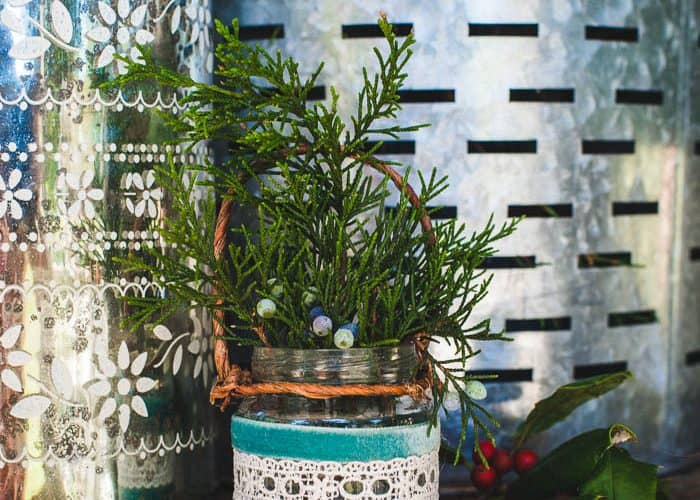 How to Make Easy Homemade Christmas Jar Ornaments