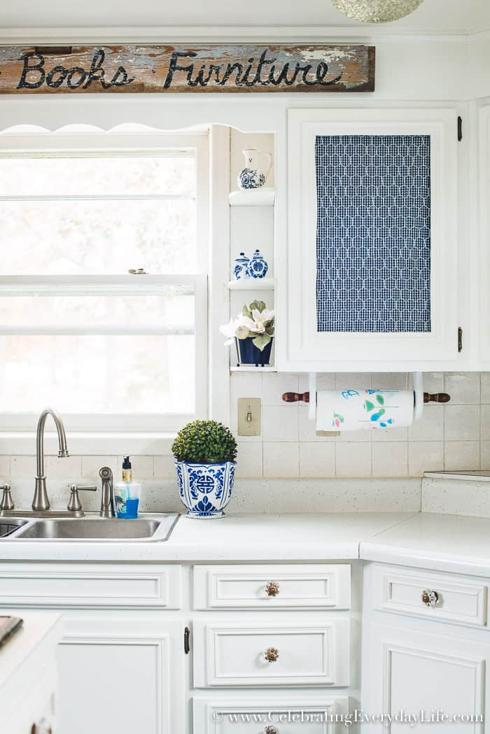 How to Make Old Cabinets Look New with Paint!